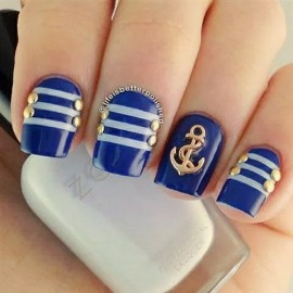 blue-nails-nice-pretty-Favim.com-2375854