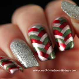 christmas-fishtail-manicure-3